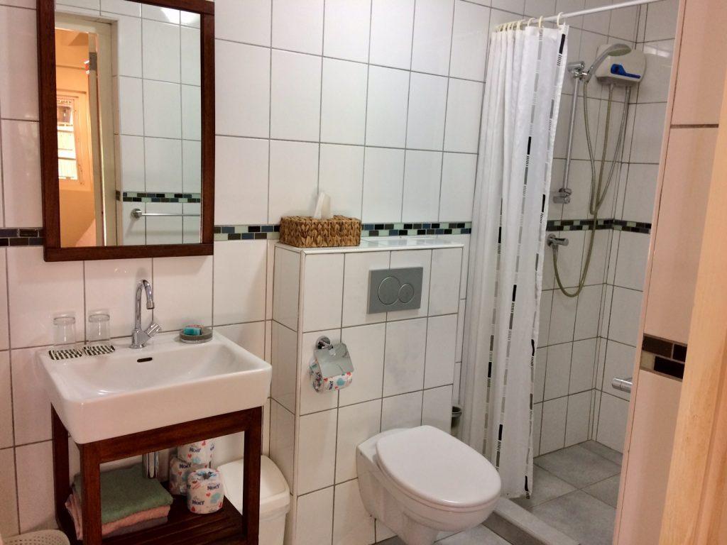 2pers. apartement met eigen badkamer op Curaçao gelegen in de tropische tuin